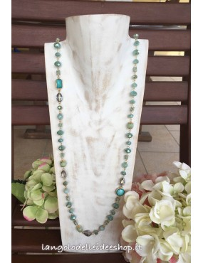 Collana verde lunga